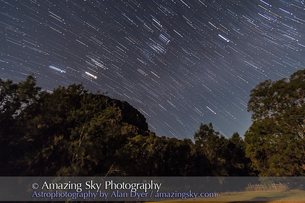Orion, Taurus and Jupiter in December 2012 looking north from a site in Australia, at Timor Cottage at Coonabarabran. A single 75 second exposure at ISO 1600 with the Canon 60Da and 10-22mm lens at f/4 combined with a long exposure of 10 minutes at ISO 200.