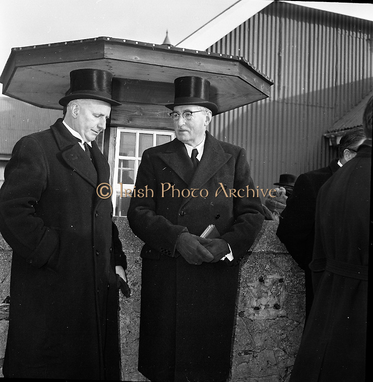 Funeral of Dr. Robert Faurian<br /> 09.01.1962