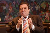 09 JAN 2002, BERLIN/GERMANY:<br /> Gerhard Schroeder, SPD, Bundeskanzler, waehrend einem Interiew, in seinem Buero, Bundeskanzleramt<br /> Gerhard Schroeder, SPD, Federal Chancellor of Germany, during an interview, in his office<br /> IMAGE: 20020109-02-009<br /> KEYWORDS: Gerhard Schr&ouml;der