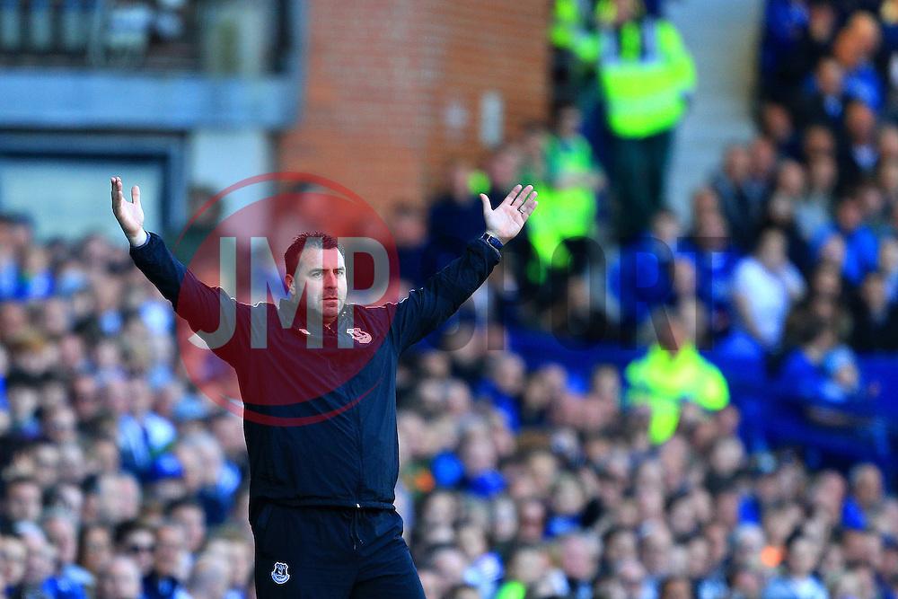 Everton Interim Manager David Unsworth gestures on the touch line - Mandatory byline: Matt McNulty/JMP - 15/05/2016 - FOOTBALL - Goodison Park - Liverpool, England - Everton v Norwich City - Barclays Premier League