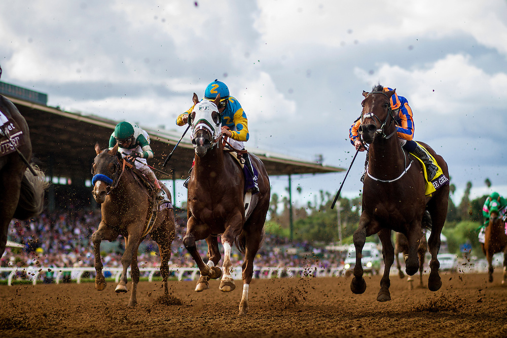 November 01 2014: The Great War, ridden by Ryan Moore and trained by Aidan O'Brien, and Mr. Z, ridden by Mike Smith and trained by D. Wayne Lukas, races in the Breeders' Cup Juvenile (G1) at Santa Anita Park in Arcadia, California on November 1, 2014.   Alex Evers/ESW/CSM