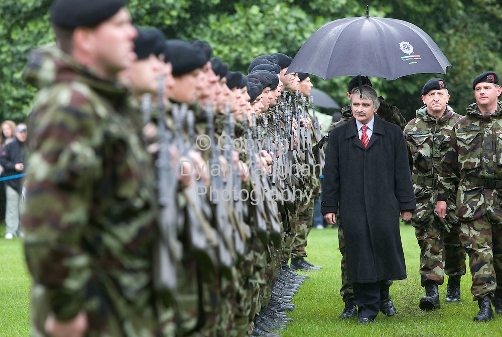 10/9/2008.Members of the 98th Infantry Battalion bound for  overseas service in Chad pictured in the Castle Park in Kilkenny yesterday with the Minister for Defence, Mr. Willie O'Dea T.D for the Ministerial Review of Troops Bound for Chad..Picture Dylan Vaughan.