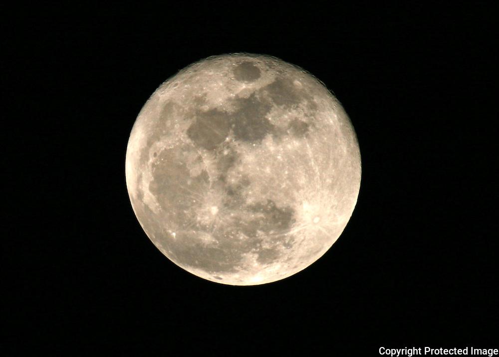 Three quarter full moon in mid January.