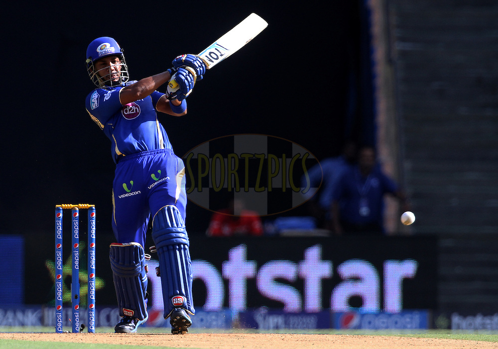 Mumbai Indians player Lendl Simmons plays a shot during match 23 of the Pepsi IPL 2015 (Indian Premier League) between The Mumbai Indians and The Sunrisers Hyderabad held at the Wankhede Stadium in Mumbai India on the 25th April 2015.<br /> <br /> Photo by:  Vipin Pawar / SPORTZPICS / IPL