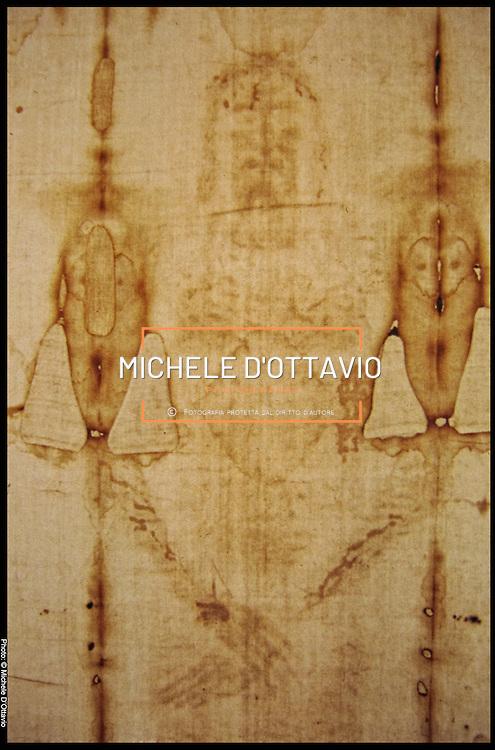 Torino 1998, ostensione della Sacra Sindone nella foto un particolare dell'immagine impressa sul lenzuolo