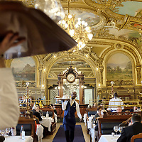 À Paris