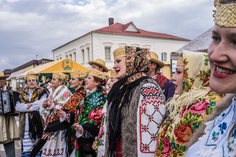 Singers dressed in traditional clothing during a festival on Saturday, September 24, 2016 in Mstislavl, Belarus.