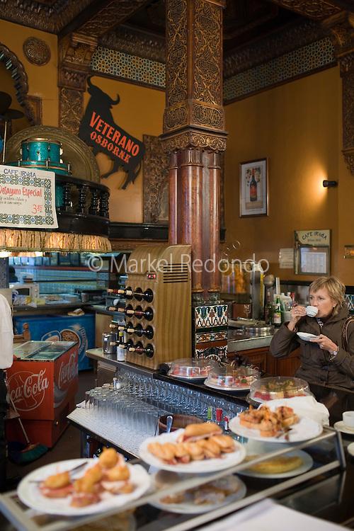 Cafe Iruña.