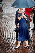 HILVERSUM - Princess Beatrix will open the photo exhibition of Ahmet Polat, Photographer Laureate, at the Museum Hilversum. HILVERSUM - Prinses Beatrix opent de foto-expositie van Ahmet Polat, Fotograaf des Vaderlands, in het Museum Hilversum. pieter broertjes ROBIN UTRECHT