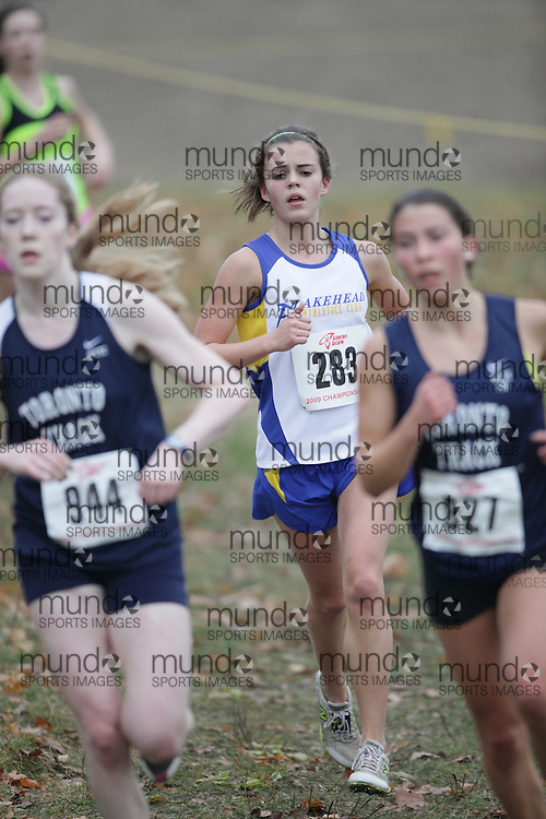 King City, Ontario ---09-11-15--- Michelle Krezonoski of the Lakehead Athletics Club competes at the Athletics Ontario Cross Country Championships in King City, Ontario, November 16, 2009..GEOFF ROBINS Mundo Sport Images