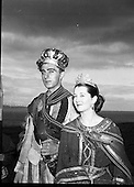 1954 - 18/07 Crowning the King of Dalkey Island