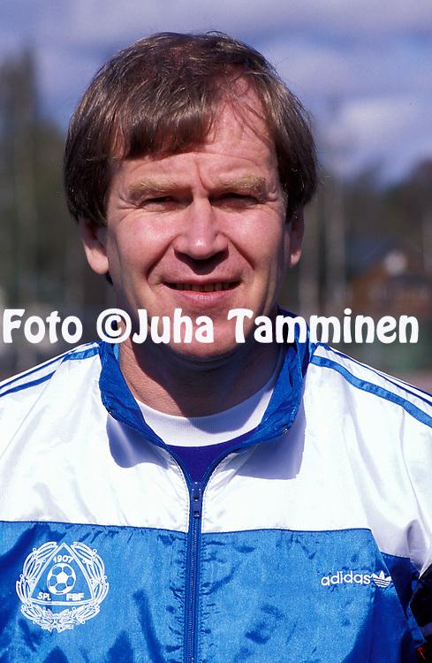 15.05.1991.Maajoukkueen l??k?ri Juhani P?ntinen.©JUHA TAMMINEN