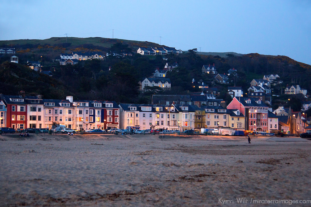 Europe, United Kingdom, Wales, Aberdyfi. Beach of Aberdovey, Wales.