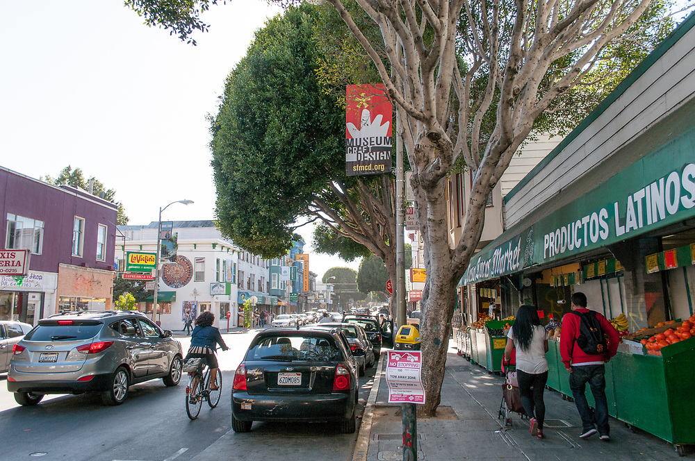 Neighborhood Scenes in the Mission District   April 17, 2015
