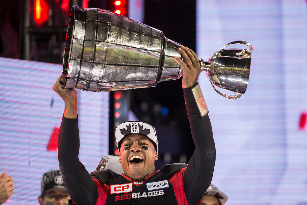 Ottawa quarterback Henry Burris celebrates his win in the 104th Grey Cup Final game against the Calgary Stampeders in Toronto Ontario, Monday,  November 28, 2016.  (CFL PHOTO - Geoff Robins)