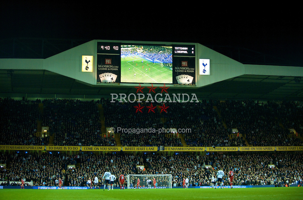 LONDON, ENGLAND - Wednesday, November 12, 2008: Liverpool crash out of the League Cup losing 4-2 to Tottenham Hotspur's during the 4th Round match at White Hart Lane. (Photo by David Rawcliffe/Propaganda)