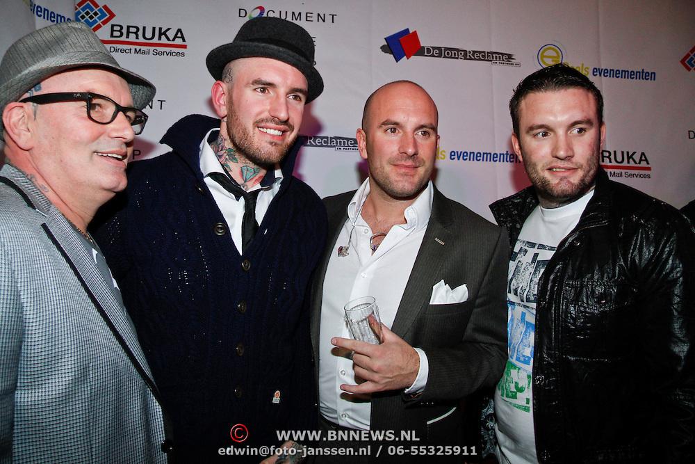 NLD/Uitgeest/20120116 - Uitreiking Populariteitsprijs 2012, vader Saunders en zoon Ben, Dean en Jamie
