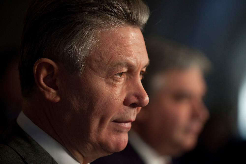 Karel De Gucht, European Commissioner for Trade and Canada's Minister of International Trade Peter Van Loan hold a press conference on Parliament Hill in Ottawa, Canada December 15, 2010.<br /> AFP/GEOFF ROBINS/STR