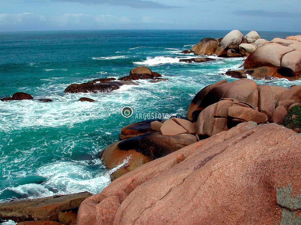 Florianopolis; Santa Catarina; Brasil; 22/04/02; .Praia Mole./ Soft Beach..Foto © Marcos Issa/Ag.Argosfoto