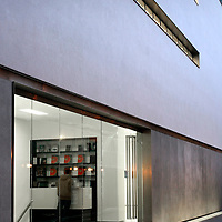 whitecube gallery, west end, reception, entrance, portrait, colour, color, exterior