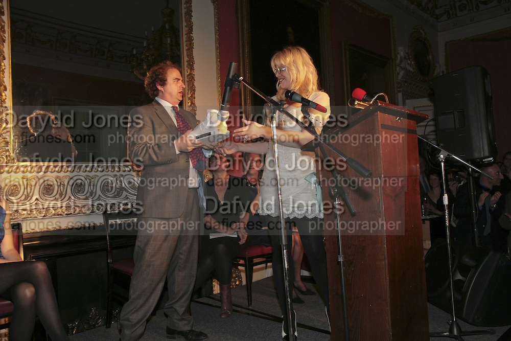 ALEXANDER WAUGH AND COURTNEY LOVE, Literary Review's Bad Sex In Fiction Prize.  In &amp; Out Club (The Naval &amp; Military Club), 4 St James's Square, London, SW1, 29 November 2006. <br />Ceremony honouring author who writes about sex in a 'redundant, perfunctory, unconvincing and embarrassing way'. ONE TIME USE ONLY - DO NOT ARCHIVE  &copy; Copyright Photograph by Dafydd Jones 248 CLAPHAM PARK RD. LONDON SW90PZ.  Tel 020 7733 0108 www.dafjones.com