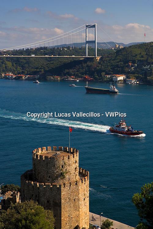 Rumeli Hisari fortress and Fatih Sultan Mehmet Bridge, Bosphorus Strait, Istanbul, Turkey