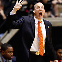 WEST LAFAYETTE, IN - JANUARY 02: Head coach John Groce of the Illinois Fighting Illini shouts to his team during action against the Purdue Boilermakers at Mackey Arena on January 2, 2013 in West Lafayette, Indiana. Purdue defeated Illinois 68-61. (Photo by Michael Hickey/Getty Images) *** Local Caption *** John Groce
