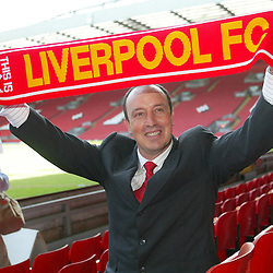 040616 Benitez joins Liverpool