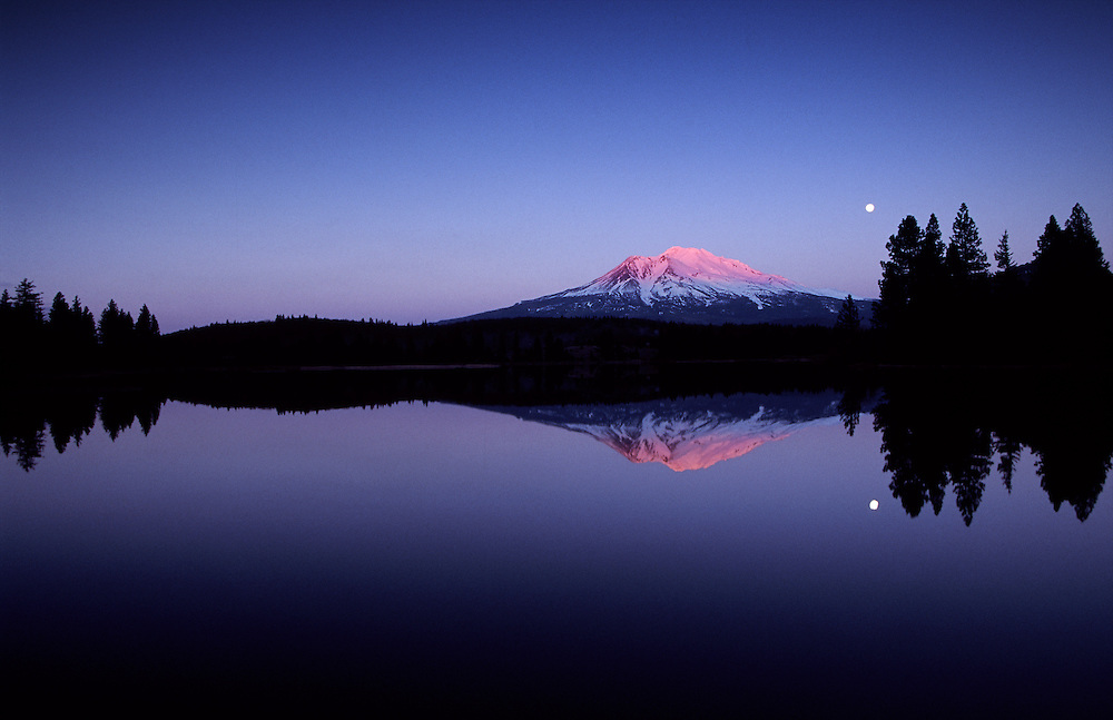 Mount Shasta California mt Shasta California