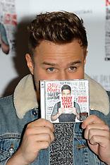 NOV 26 2013 Olly Murs at HMV