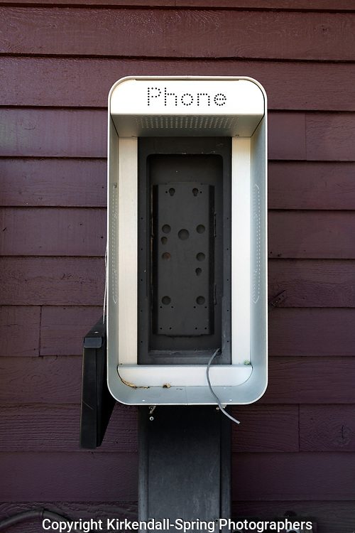 SD00071-00....SOUTH DAKOTA - Empty phone booth at Custer State Park.
