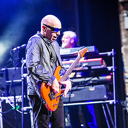 Joe Satriani Metro