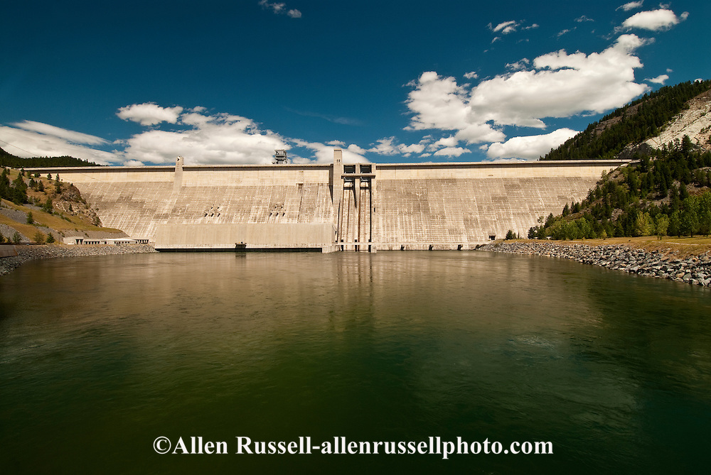 Libby dam on kootenai river creates lake koocanusa in for Northwestern industries