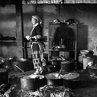 VIETNAM SAPA, Red dao tribe woman