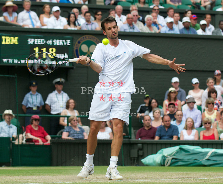 LONDON, ENGLAND - Saturday, June 26, 2010: Philipp Petzschner (GER) during the Gentlemen's Singles 3rd Round match on day six of the Wimbledon Lawn Tennis Championships at the All England Lawn Tennis and Croquet Club. (Pic by David Rawcliffe/Propaganda)