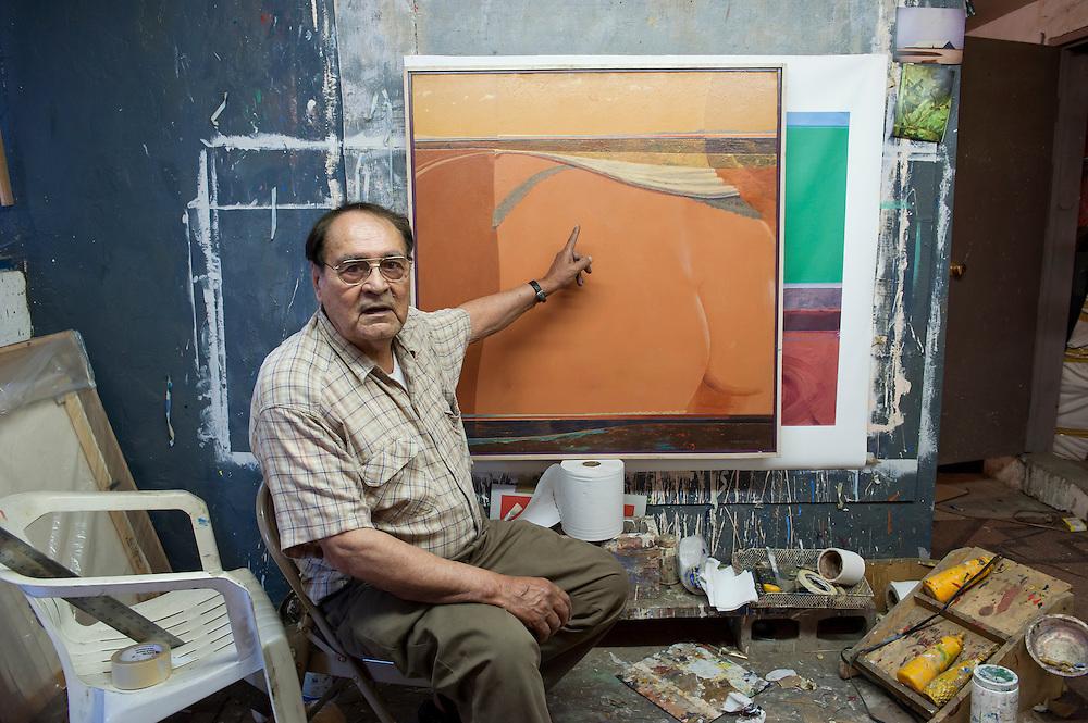 Ruben García Benavides, painter, at his house in Mexicali, Mexico...© Stefan Falke.http://www.stefanfalke.com/..