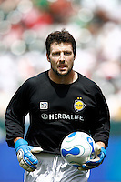 20 May 2007: Galaxy goalkeeper Joe Cannon with the ball during a 1-1 tie for MLS Chivas USA vs. Los Angeles Galaxy pro soccer teams at the Home Depot Center in Carson, CA.