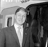 1961 - Cúilean Irish Horse Jumping Team arrives home