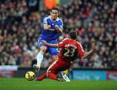 Liverpool beat Chelsea 2-0