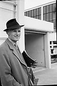 1961-23/04 Sir John Gielgud and John Penny