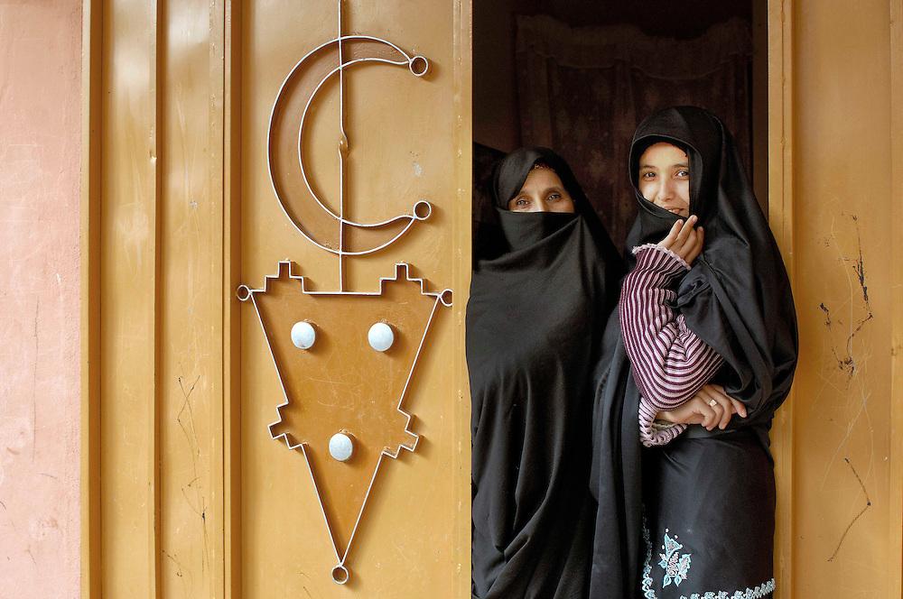 Women at Argan Oil Coorporative Al Baraka, Douar Ini In'Tizghrt, Ameln Valley near Tafraoute, Morocco