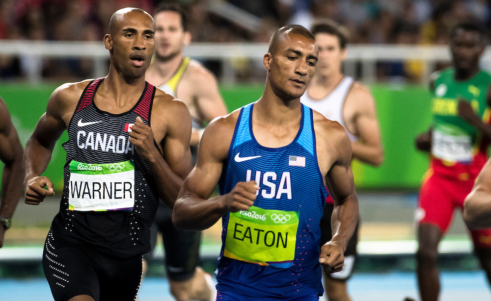 Damian Warner runs the 1500m winning the bronze medal in the decathlon for Canada at the Rio Olympics on August 18, 2016.