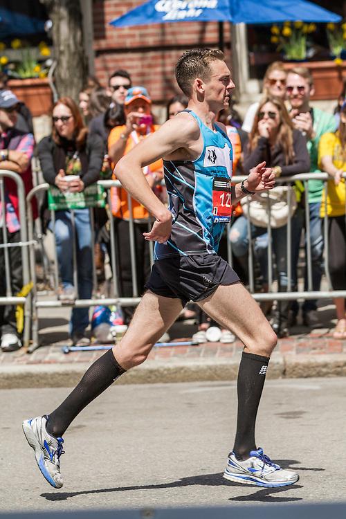 2014 Boston Marathon: turn onto Boylston Street with quarter mile to go, Kevin Johnson