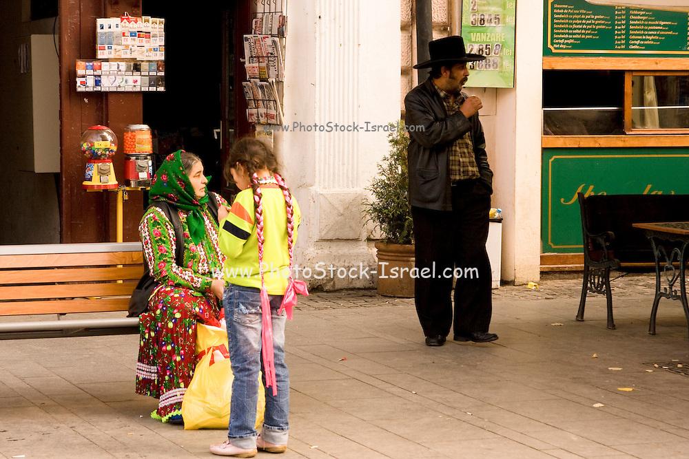 Romania, Transylvania, Gipsy woman and her daughter