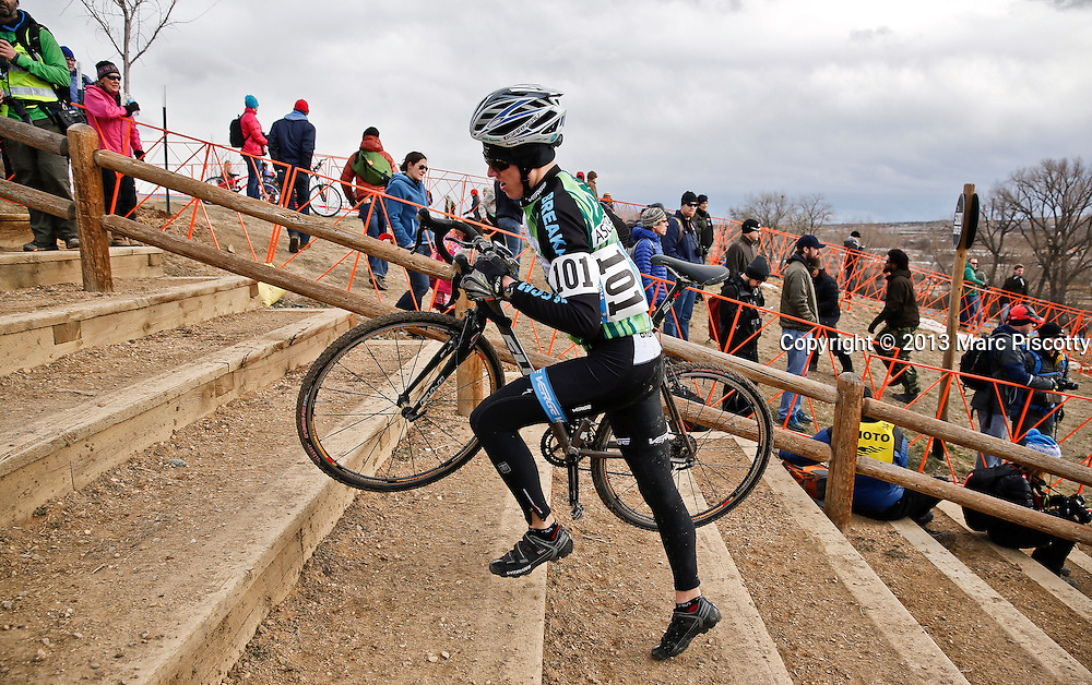 SHOT 1/12/14 12:27:22 PM - Benjamin Hasz (#101) of Owasso, Okla. runs the steps while competing in the Men's Junior 17-18 race at the 2014 USA Cycling Cyclo-Cross National Championships at Valmont Bike Park in Boulder, Co.  (Photo by Marc Piscotty / © 2014)