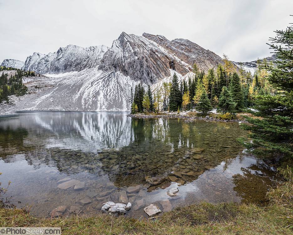 chester lake canadian rockies - photo #1