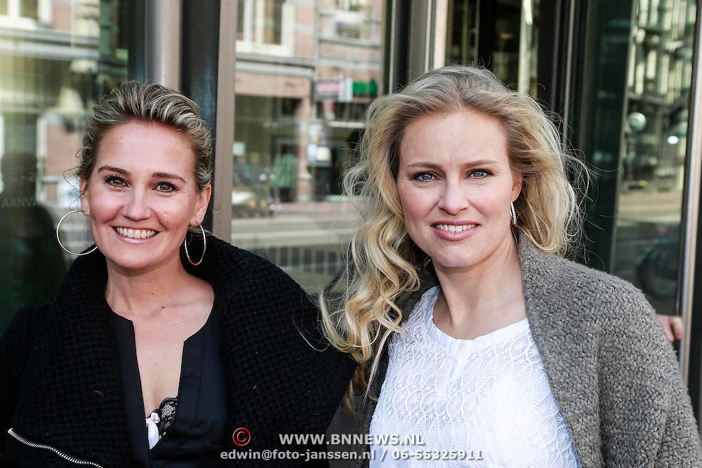 NLD/Amsterdam/20130428 - Premiere Jon en de Jongens, Peggy Vrijens en Marit van Bohemen