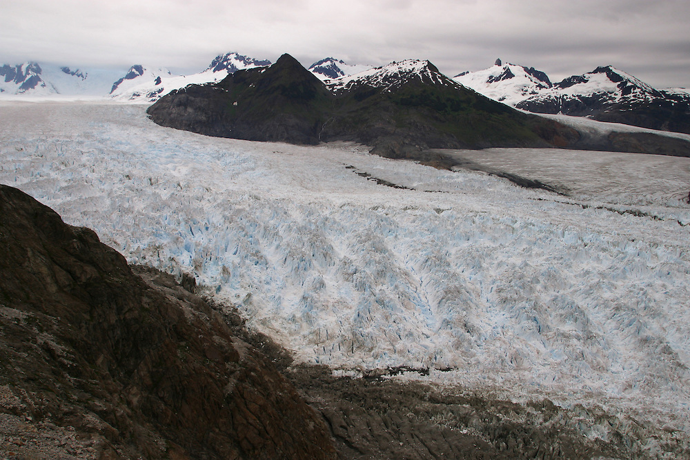 The Marinelli glacier goes through the Darwin range of the Patagonian Mountains in southern Chile, Feb. 21, 2004. Daniel Beltra/Greenpeace.