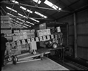 Bord na Mona, Loading Train at Cul na Mona.03/09/1971