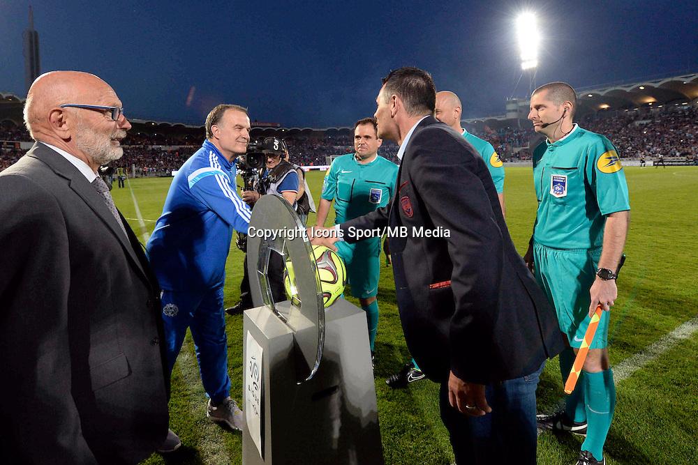 Marcelo BIELSA / Willy SAGNOL  - 12.04.2015 - Bordeaux / Marseille - 32eme journee de Ligue 1 <br />Photo : Caroline Blumberg / Icon Sport